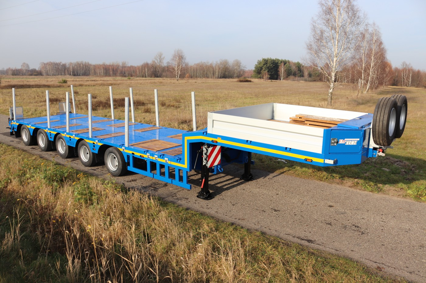 NPR36SKOS with a sloping loading deck and additional construction cavities